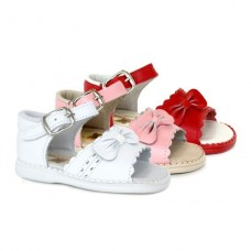 Spanish leather sandals for girls k308
