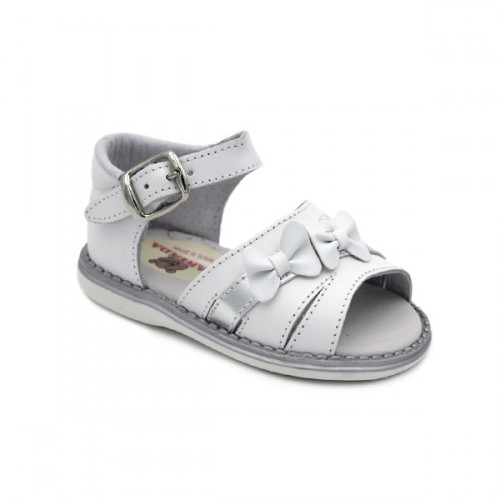 Spain. Sandals for girls with bow