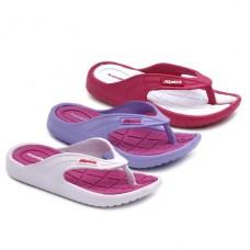 452833f2 Colección de zapatillas y cangrejeras para la playa para niña ...