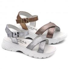 Sandals Fresas by Conguitos 53001