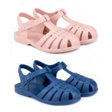 Beach sandals make up Igor Classic